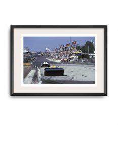 Porsche-956B-Ludwig-Pescarolo-Le-Mans-1984-frame